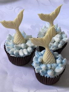 Night Owl Cakery - White Chocolate Mermaid Cupcakes 1.